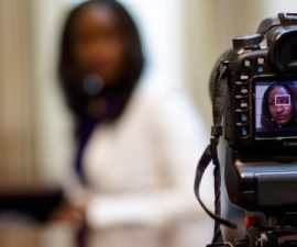 Things to keep in mind before hiring the corporate videographers online